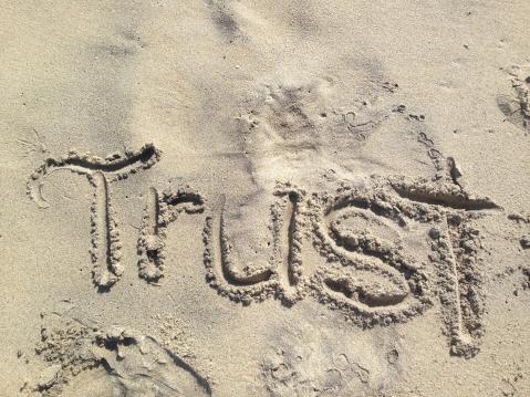 trust-1418901_1920